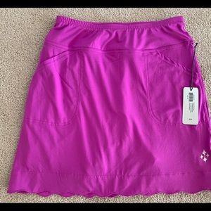 JoFit scalloped skirt/skort with short linings.